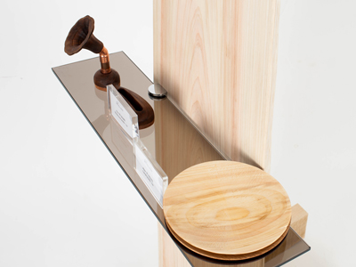 Hinoki Shelf Glass Stand